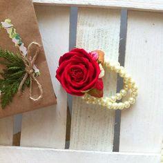 Check out this item in my Etsy shop https://www.etsy.com/ru/listing/501653287/buy-a-bracelet-bracelet-foamiran