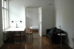 Apartment, furnished (Bauhaus-style), on the 4th floor, located in central location of west Berlin Schöneberg (near Victoria-Luise-Platz)...