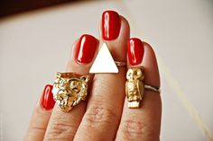 Gold Lion above knuckle ring