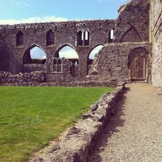 Dunbrody Abbey. Open Your Eyes, Ireland, Places To Visit, Sidewalk, Building, Pictures, Travel, Beautiful, Construction