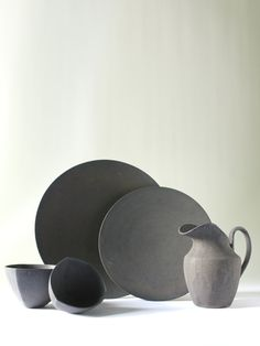 Assiette Noir 9 - 陶芸家・青木良太公式通販サイト RYOTA AOKI POTTERY