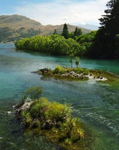 Kawerau River, North Western Otago, New Zealand Great Places, Places To See, Places To Travel, Beautiful World, Beautiful Places, Perfect Road Trip, Take Better Photos, Road Trip Usa, Future Travel