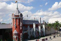 Sim, ele está de volta! O Castelo Rá-Tim-Bum abre suas portas para os fãs matarem a saudades e redescobrirem cada pedacinho desse lugar mágico!