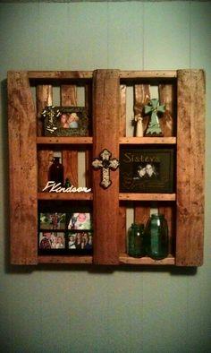 #pallet #shelf #seehoneyItoldyoupeopleusepalletstodecorate
