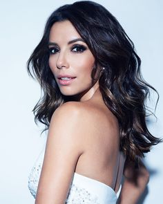 Eva Longoria's espresso locks look extra rich thanks to just a glimmer of gold at the ends. Copy her delicate, sun-kissed style by lightening a few of your own strands: Using a small brush or your fingers, paint Superior Preference Glam Lights onto just 3-5 hairs at a time, starting level with your jawline and working your way down to the ends. And remember to go easy —this look is all about subtlety.