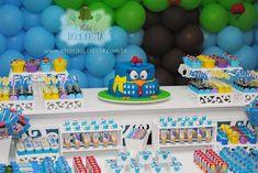 Aprenda a decorar uma festa de aniversário com a galinha Pintadinha! Aprenda A criar uma decoração de Festa Galinha Pintadinha.