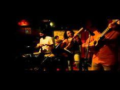 la Bamba by Sonosfèra à la Casa Latina Bordeaux 23 01 2015  La bamba Sonosfèra à la Casa Latina #Bordeaux http://youtu.be/OfJqWjs1oW8 #bar #ambiance #mojito #tapas #concert #fiesta #discothèque #musique