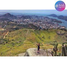 Trilha Gruta da Onça x Pedra do Urubu Vitoria ES por @cindy.camargo  #grutadaonça #pedradourubu #vix #vitorinha #br #es #capixaba #soulcapixaba by soulcapixaba