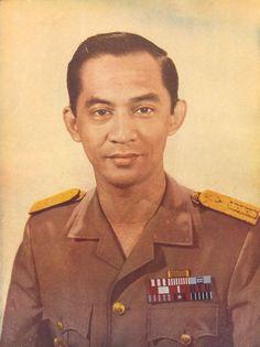 Mayjen KKO Ali Sadikin 1960an Old Pictures, Dan, Indie, Hero, Memories, History, Tik Tok, People, Blood