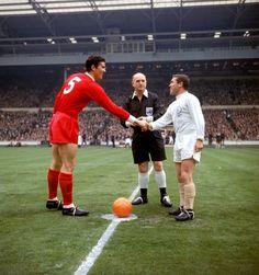 Pure Football, British Football, Classic Football Shirts, Best Football Team, Retro Football, Football Photos, Legends Football, Football Icon, Football Boys