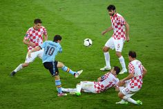 Srna of Croatia wearing a neck application against Spain.