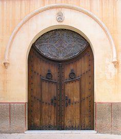 Wooden doors in Menorca, Spain Knobs And Knockers, Door Knobs, Door Handles, Cool Doors, Unique Doors, Portal, When One Door Closes, Grand Entrance, Door Gate
