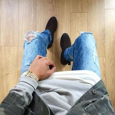 Instagram Urban Fashion, Mens Fashion, Fashion Outfits, Tomboy Outfits, Mens Casual Jeans, Vintage Street Fashion, Outfits Hombre, Urban Street Style, Mens Fall