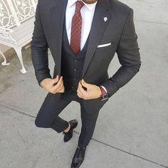Men in Suits | Three Piece Dapper Suit | Men's Suit #mensfashion #suit #menswear cc: gentlemensavenue