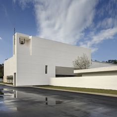 Alfonso Architects have designed a church in Tampa, Florida using the Fibonacci sequence to generate the proportions.