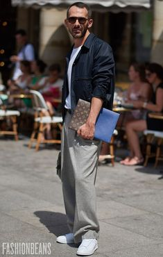 See Anonymous's personal style & the latest men's street style photography at FashionBeans.com. Our street style gallery is updated twice weekly. The inspiration you need for your own outfits.