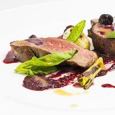 Top @ilpiastrinoriccardoagostini #michelinstar #chef #restaurant #food #foodphotography #carne #delicious #beautiful #istagrammers #picoftheday #dinner #photographer #emiliaromagna #gourmet #followme