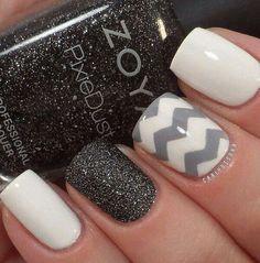Chevron + nail polish + shimmer = my kinda nails