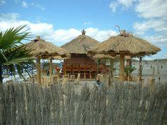 Beach bar!