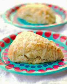 Citrus Scones  http://pinchofyum.com/my-sisters-citrus-scones?utm_source=feedburner_medium=email_campaign=Feed%3A+pinch-of-yum+%28Pinch+of+Yum%29