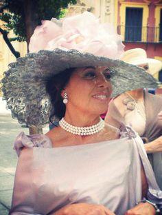 #Cherubina #tocados  #invitadas #boda #wedding #headpiece #pamela #hat crochet