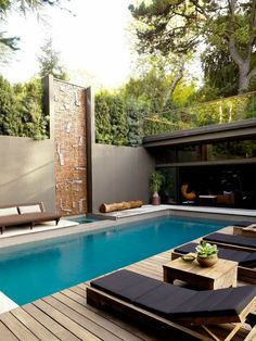#pool #piscina #luxoryhouses Building A Swimming Pool, Small Swimming Pools, Luxury Swimming Pools, Small Pools, Swimming Pools Backyard, Swimming Pool Designs, Pool Landscaping, Landscaping Design, Modern Landscaping