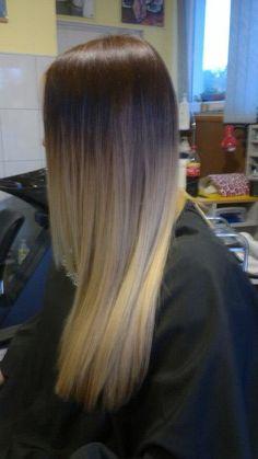 well blended - hard to avoid the dye line on straight hair!