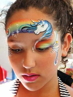 #faceNbodyPaint ▶ A beautiful arrangement of unicorn and rainbow!