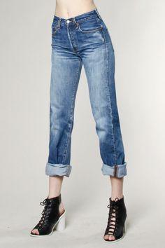 Vintage Denim Levi's 501 Jeans   Thrifted & Modern #vintagedenim #levis501 #thriftedandmodern