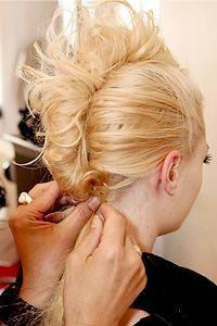 DIY Halloween Hair: Fauxhawk | halloween hair | mohawk | halloween costume ideas | punk rock hair