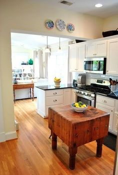 20 Examples Of Stylish Butcher Block Countertops  Square Kitchen Cool Butcher Block Kitchen Island Review