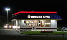 Burger King Holiday Hours | Opening & Closing Hours – Store Hours Hamburgers, Superfood, Secret Sauce Recipe, Venus, Types Of Burgers, Bacon Scallops, Burger King, Ville Rose, Best Fast Food