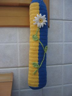 Free Crochet plastic bag holder pattern,