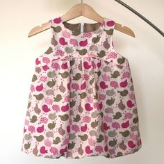 Ottobre addicts - Page 8 - Ottobre addicts Coin Couture, Baby Couture, Couture Sewing, Little Girl Dresses, Girls Dresses, Sewing Kids Clothes, Diy Dress, Toddler Dress, Toddler Fashion