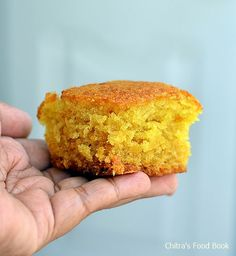 Eggless Orange Cake recipe without condensed milk,curd,butter-Using fresh Orange juice and vegetable oil. Eggless Orange Cake, Flourless Orange Cake, Eggless Baking, Eggless Recipes, Vegan Baking, Date And Walnut Loaf, Easy Cheap Dinner Recipes, Cake Recipes Without Eggs, Berry Smoothie Recipe