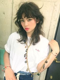 Mullet Haircut, Mullet Hairstyle, Asian Men Hairstyle, Shot Hair Styles, Curly Hair Styles, Hairstyles With Bangs, Pretty Hairstyles, Medium Shag Hairstyles, Feathered Hairstyles