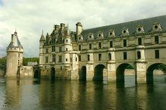 Chenonceaux Center, France - [1800 x 1200]
