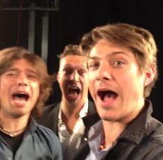ahhh! It's Hanson