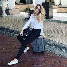 Travel essentials: Petra Nemcova wearing her white #TodsGommino. #PetraNemcova