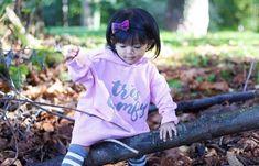 51 Ideas for fashion kids girl winter christmas gifts Toddler Fashion, Kids Fashion, Winter Christmas Gifts, Kids Winter Fashion, Comfy Hoodies, Modern Kids, Stylish Kids, Kid Styles, Baby Bows