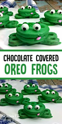 Frog Oreos | Fun Kids Snack! Chocolate covered Oreos with pretzel feet make this fun frog snack! #oreo #funfood