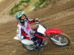Girls Motocross @mxacademy, funtime! #girlsmx #mxacademy #funtime #braap Motocross Maschinen, Honda, Good Times, Bicycle, Motorcycle, Vehicles, Girls, Products, Europe