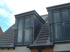 Skylight with door / Juliet balcony - Alles über Dekoration Roof Balcony, Porch Roof, Balcony Window, Glass Balcony, Dormer Roof, Dormer Windows, Skylight Covering, Pergola On The Roof, Juliet Balcony