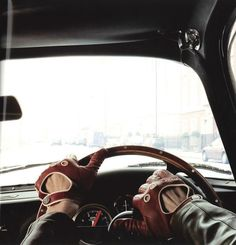 Dunhil Driving Gloves