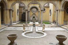 Film and Photo Shoot Renaissance City Backlot: Courtyard Arches %26 Fountain