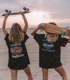 Summer McKeen, Maddie Ziegler, Harley Davidson, Skateboard, Graphic T-Shirts Cute Friend Pictures, Best Friend Photos, Best Friend Goals, Cute Photos, Friend Pics, Cute Friends, Best Friends, Moda Skate, Photoshoot Idea