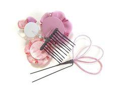 パールと花3輪の髪飾り ピンク【つまみ細工】