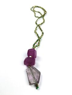 Inspired by Palm Trees & Warm Sea Breeze. Made with: Gold Hematite Purple Agate Amethyst Green Silk Thread Lenght: 41 cm approximately. Purple Agate, Green Silk, Silk Thread, Exotic, Amethyst, Vibrant, Gold, Jewelry, Jewlery