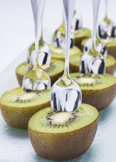 A sweet #treat you can dig right into. #kiwi #fruit #snack