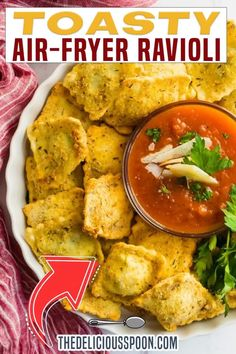 Air-Fryer Ravioli takes an ordinary ravioli and turns this Italian favourite into a perfectly toasted dippable treat. Serve with fresh marinara or garlic sauce and you have a tasty snack or appetizer ready for dipping! Sometimes I just crave a good tomato sauce but don't necessarily want to dig into a whole bowl of pasta. These spinach and ricotta air-fried ravioli are the perfect solution. | The Delicious Spoon @thedeliciousspoon #airfryerravioli #gamedayappetizers #ravioli…
